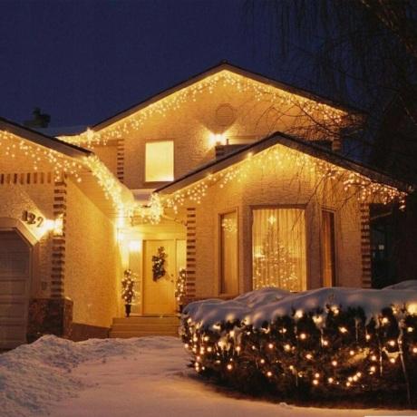 6 m 120 LED lempučių girlianda varvekliai Šiltai baltos / baltos spalvos + balta blykstė